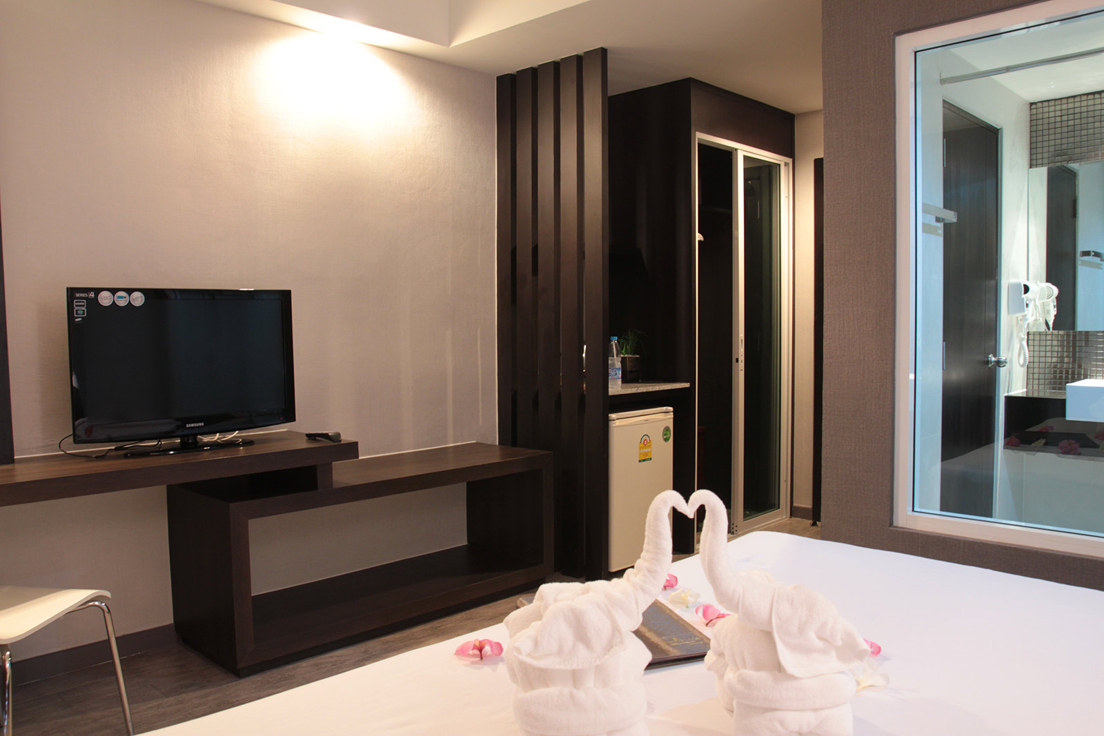 Cottage Room Inn Place Serviced Residence